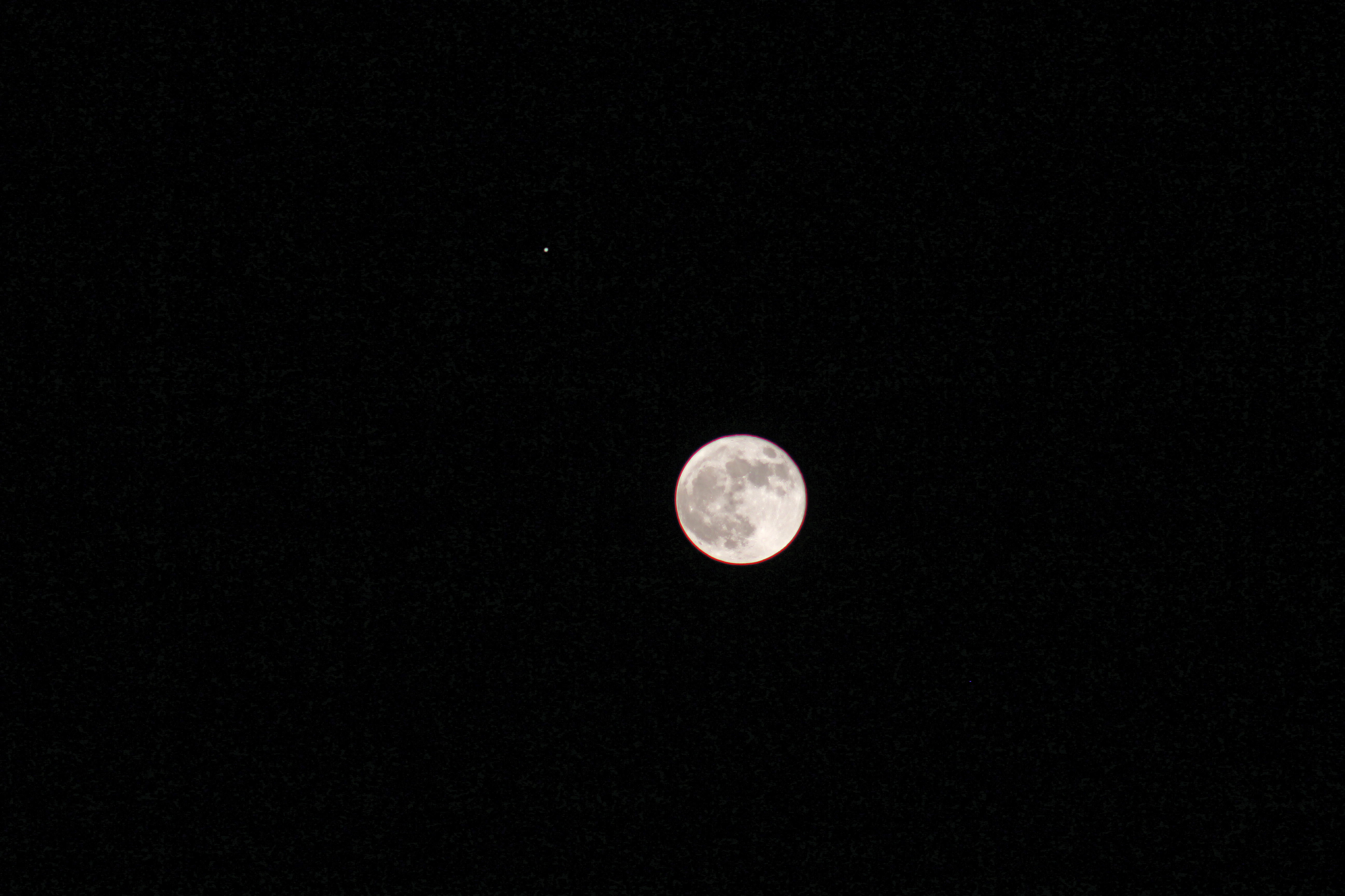 Jupiter and the moon in conjunction 11-28-12 - Astronomy
