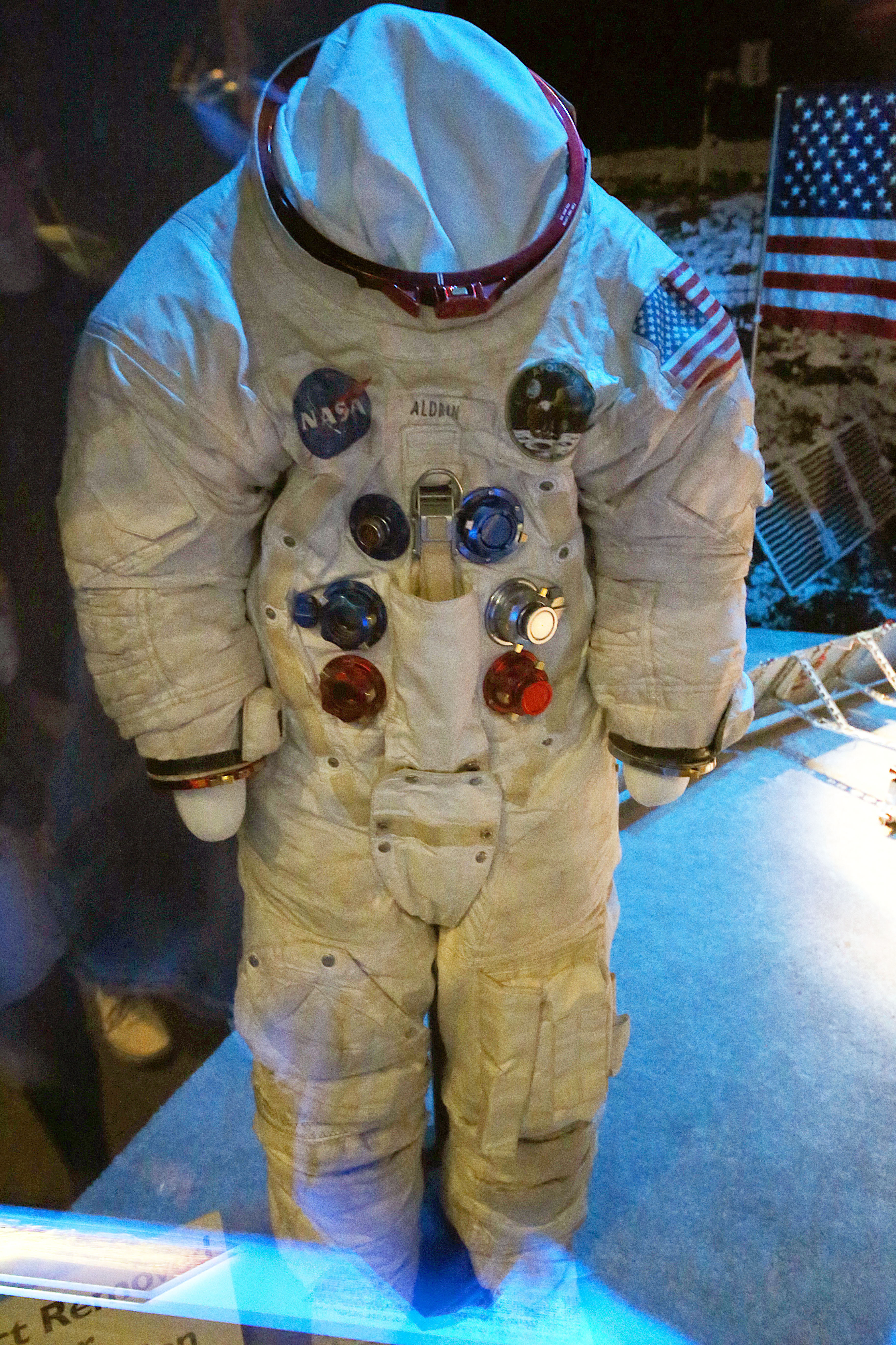 space suit for sale - HD3648×5472